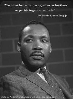 martin kuther king Dr martin luther king, jr (15 ledna 1929 atlanta, georgie – 4 dubna 1968 memphis, tennessee) byl americký baptistický kazatel, spolu s malcolmem x jeden z.