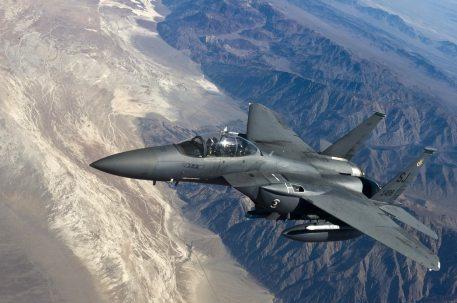 fighter-jet-f-15-strike-eagle-fighter-aircraft-jet-fighter-76964